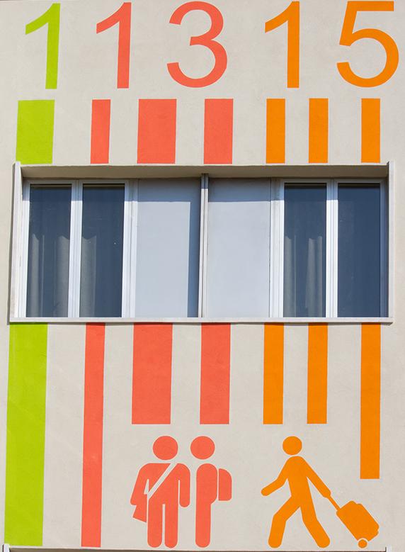 Barcode Wall Hotel Ornato